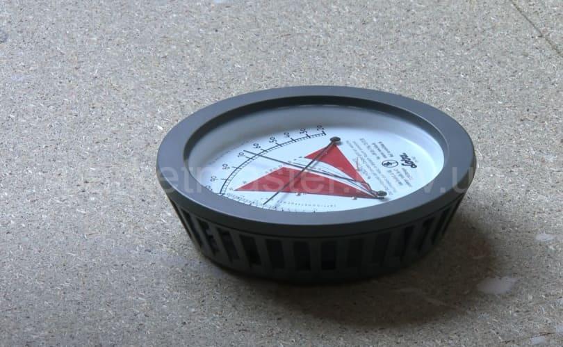 прибор для измерения температуры и влажности